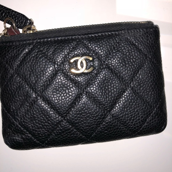 aa85a1fed7fa CHANEL Accessories | Caviar Key And Card Holder | Poshmark